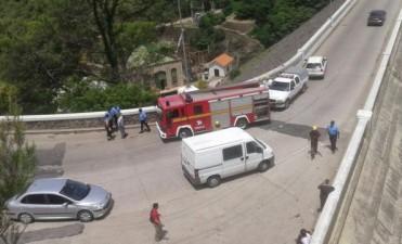Una turista murió atropellada por un camión en el muro de Embalse