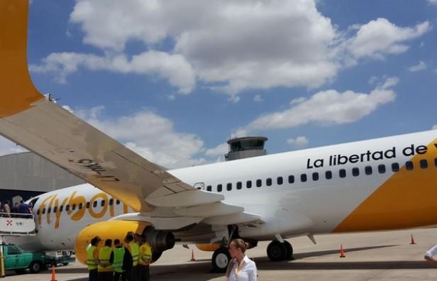 Flybondi confirmó que ya comercializa pasajes en el país