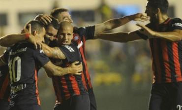 San Lorenzo ganó 2 a 1 a Defensa y Justicia, y es puntero