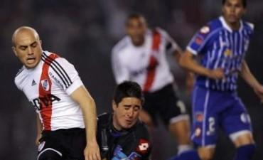 River perdió 2-1 ante Godoy Cruz en el Monumental