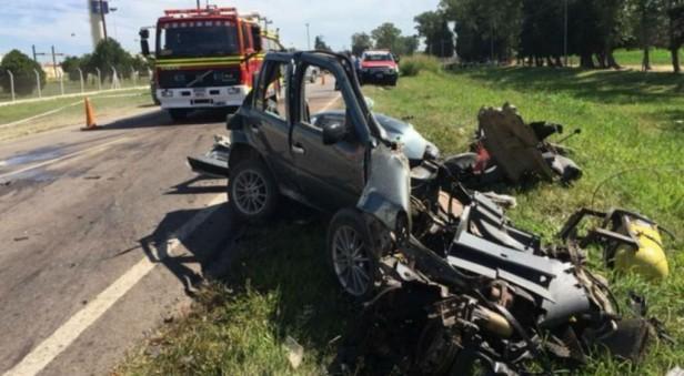 Cuatro víctimas fatales por choque frontal en Totoral
