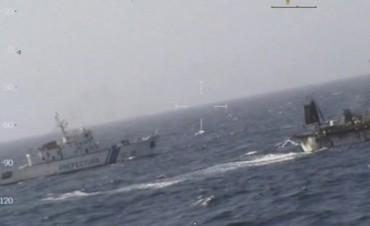 La Prefectura hundió a un pesquero chino en Chubut: hay cuatro detenidos