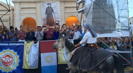 Llegaron los fieles luego de una extensa cabalgata a saludar a San Brochero