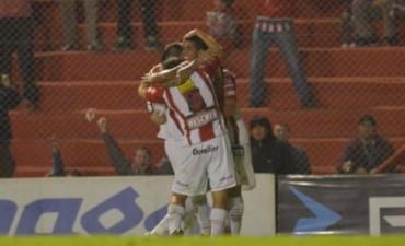 Instituto le ganó a Sportivo Belgrano y cada vez está más cerca del ascenso