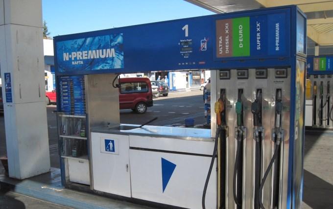 La venta de combustibles cayó 1,5% en lo que va del año