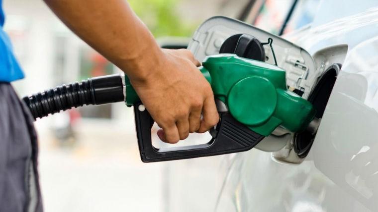 Adelantan que en julio volverán a aumentar los combustibles