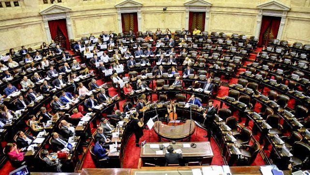 La oposición dura criticó el acuerdo con el FMI