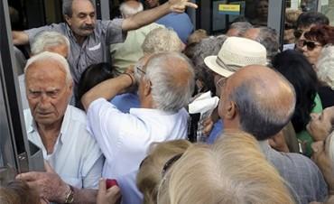 GRECIA: Amplian corralito' al menos dos días más
