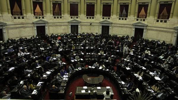 Diputados comenzará a debatir la expulsión de Julio De Vido