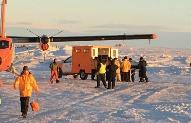 Rescatan en la Antártida a un suboficial que sufrió fracturas