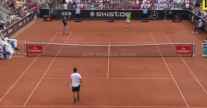 Neonazi interrumpió partido entre Ferrer-Verdasco