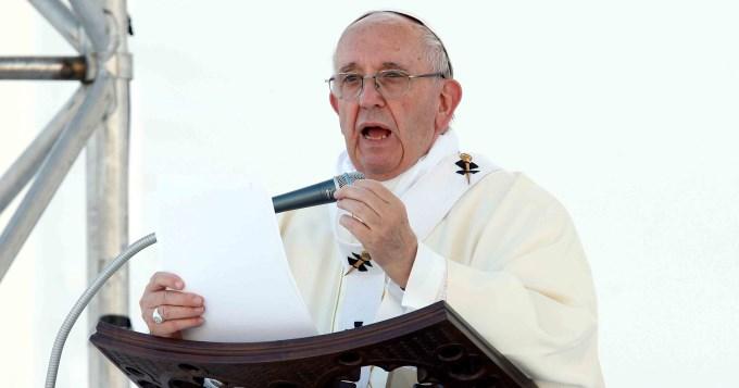 Vaticano pidió a Maduro que frenela Asamblea Constituyente