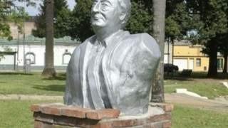 Piden quitar bustos de Néstor Kirchner de plazas rosarinas