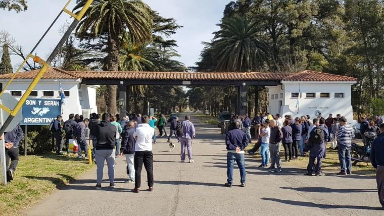 132 despidos en fábricas militares de Córdoba y Santa Fe