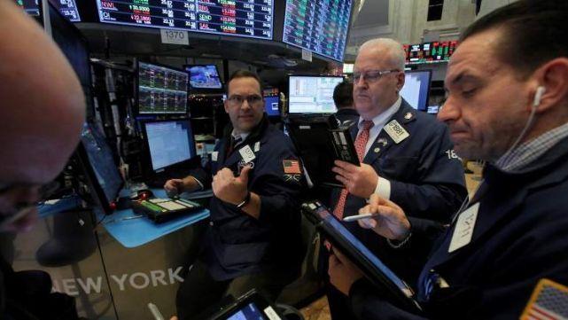 Caen acciones de los bancos argentinos en Wall Street