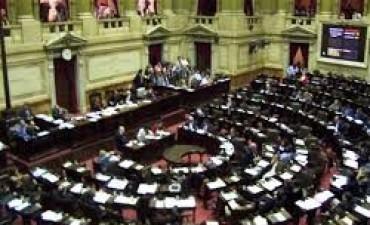 Abastecimiento y deuda en una semana crucial para el Gobierno en el Senado