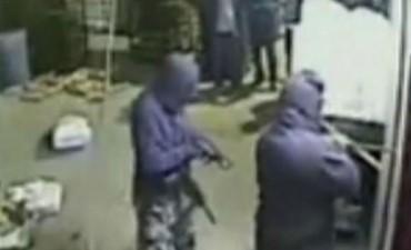 Condenas de hasta 10 años para la banda de policías que asaltaron una panadería
