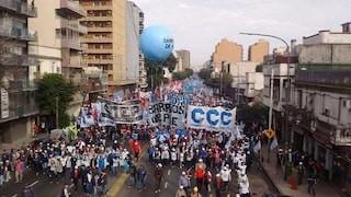 Movimientos sociales levantan el programa de protestas y volverán a negociar