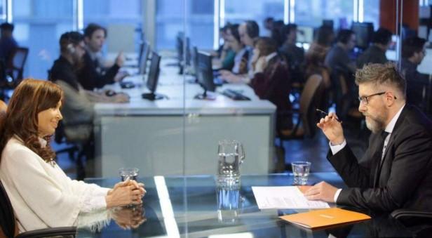 Cristina negó la corrupción y se despegó de López