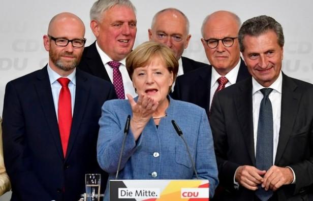Alemania: pese al triunfo de Merkel, la ultraderecha aseguró su lugar en el Parlamento