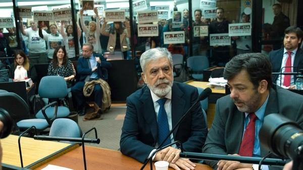 De Vido pidió que se suspenda el pedido de detención