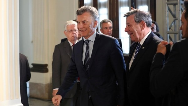 Macri aseguró que el país vive
