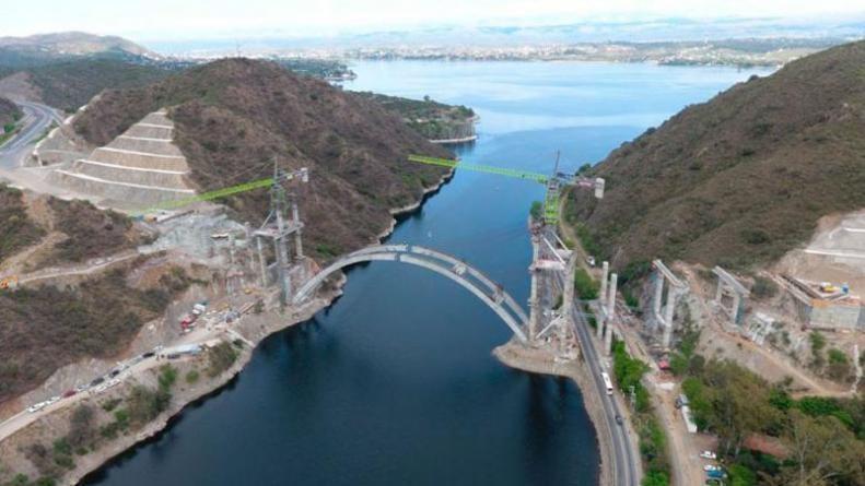El puente sobre el lago San Roque llevará el nombre de De la Sota