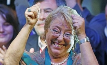 Bachelet arrasó en el ballottage y prometió cambios de fondo