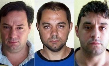 Denuncian haber visto en San Juan a los prófugos del triple crimen