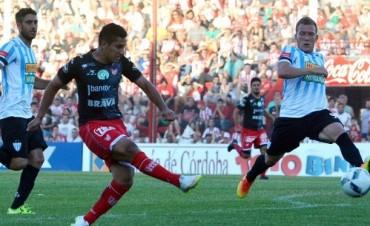 Instituto goleó 5-2 a Juventud Unida y escala en la tabla