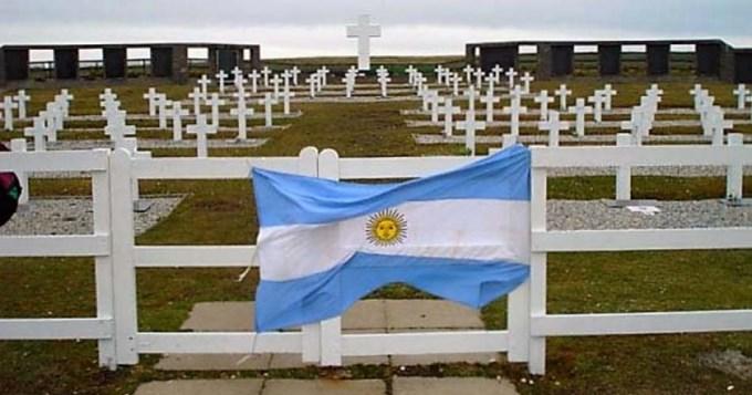 Cruz Roja colaborará para identificar a nuestros caídos en Malvinas