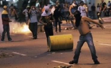 Reportan siete muertos por violencia en Venezuela