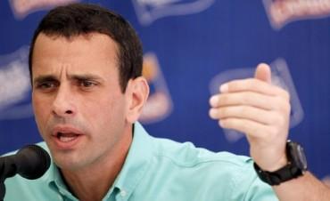 Vamos a impugnar la elecciòn. Capriles no cree en la auditoría
