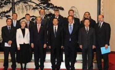China muy satisfecho por la relación con Argentina -por ahora-