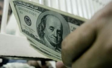 Dólar libre muy volátil  cerro a $8,95 En BsAs