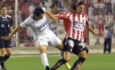 La Gloria perdió en Tucumán