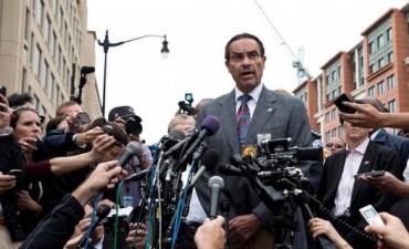 MUNDO El alcalde de Washington no descarta que el tiroteo en la Armada sea un