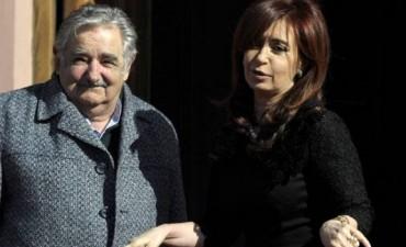 Mujica dice que la relación con Argentina está