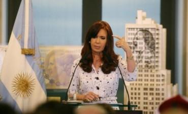 En el día de la mayor devaluación, Cristina con un mensaje para desinformados y militantes fundamentalistas