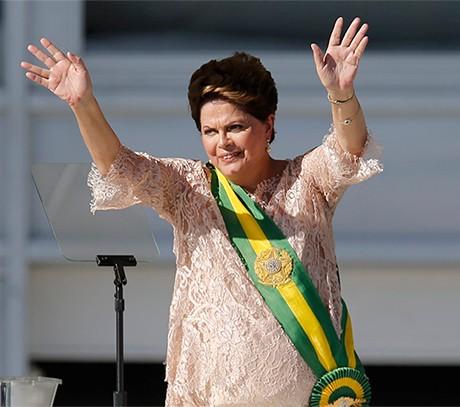 Rousseff reasumió y anunció ajustes pero no para los pobres