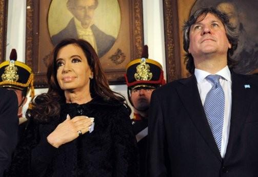 El Gobierno insiste con el complot judicial y vincula la denuncia de Nisman con