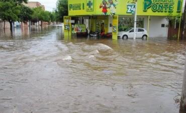 Cayeron 200 milímetros y Río Tercero quedó bajo el agua