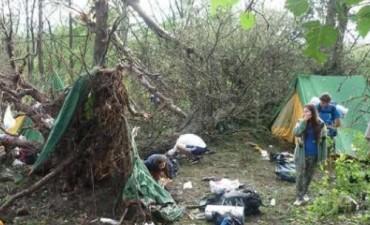 Campamento de scouts castigados por vendaval en Calamuchita