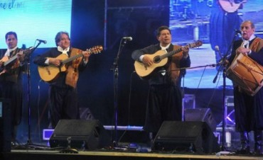 Triunfo de la expresión tradicional de Los Manseros
