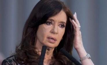 Le cambian el libreto a CFK y da un volantazo para militantes