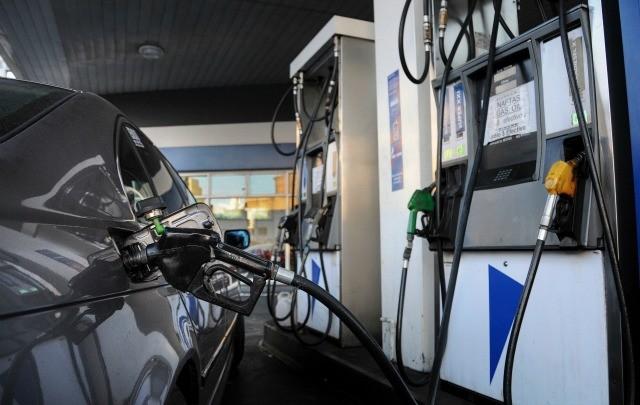 Los combustibles aumentaron un 6% y volverían a subir en marzo