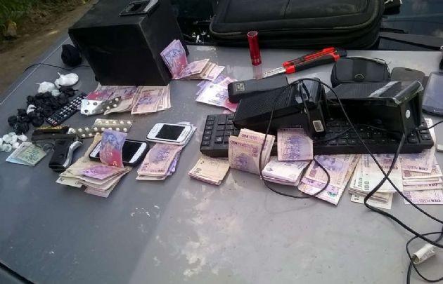 Drogas, armas y dinero en barrio Autódromo