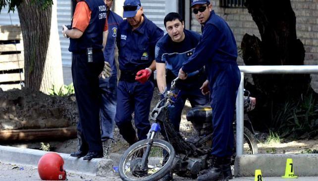 Tragedia en Mendoza: viajaban cuatro en una moto y murieron todos
