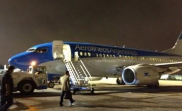 Susto en vuelo de Aerolíneas por humo en cabina del piloto