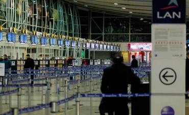 Un paro afecta los vuelos internacionales de LAN y TAM